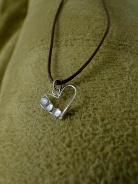 Heart Necklace by SamyStyles